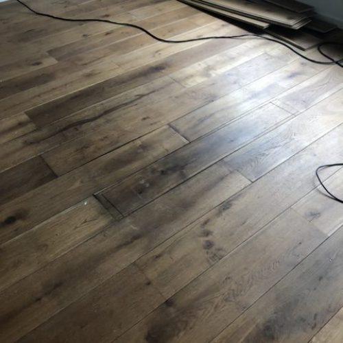 Waterschade vloer repareren